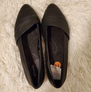 Shoes - 5/$15  Black faux leather flats